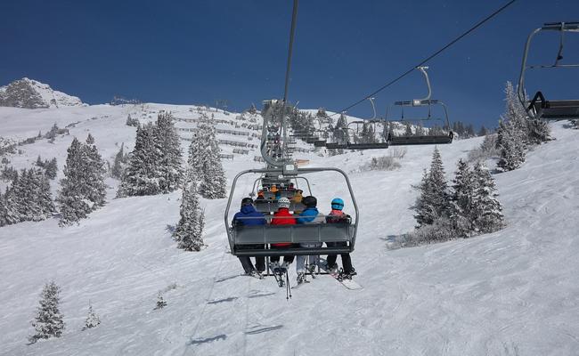 s'équipement à pas cher pour skier